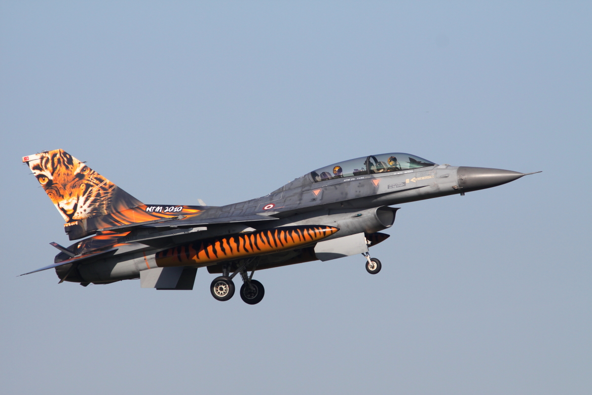 Turkish F-16D from 192 filo, the unit awarded for the best painted jet