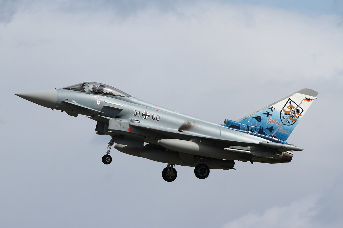 Eurofighter 31+00
